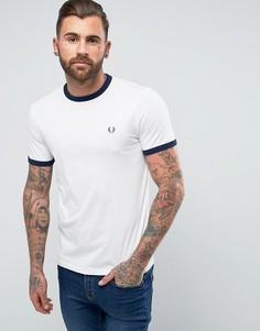 Белая футболка узкого кроя с контрастной отделкой Fred Perry Sports Authentic - Белый