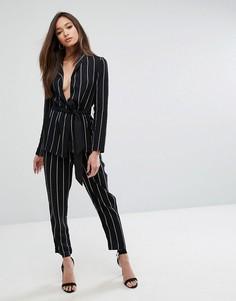 Широкие брюки в тонкую полоску со складками PrettyLittleThing - Черный