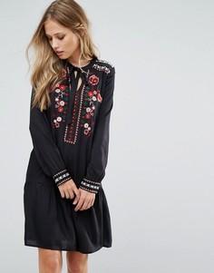 Платье с вышивкой и завязкой Vero Moda - Черный
