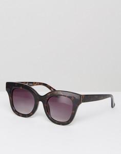 Солнцезащитные очки в квадратной черепаховой оправе Pieces - Черный