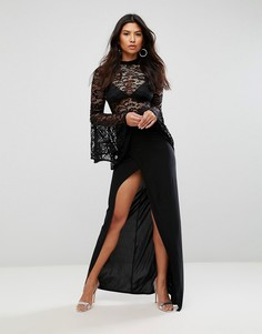 Платье макси с воротником-стойкой, расклешенными рукавами и юбкой с запахом Club L - Черный