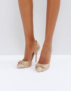 Блестящие туфли-лодочки цвета розового золота True Decadence - Золотой