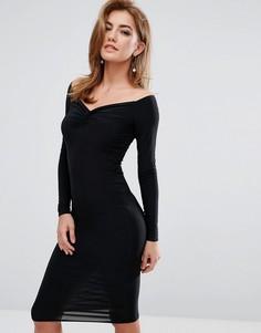 Платье с открытыми плечами и сборками Club L - Черный