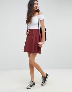 Короткая расклешенная юбка в рубчик с пуговицами ASOS - Красный