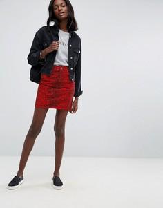 Красная джинсовая юбка с леопардовым принтом и завышенной талией ASOS - Красный