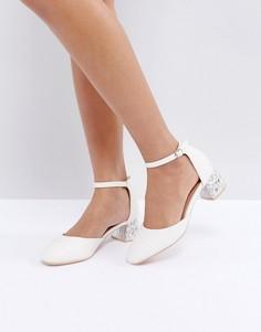 Белые туфли на каблуке средней высоты с камнями Lost Ink Avina - Белый