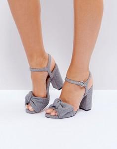 Туфли на блочном каблуке ASOS HAZEL - Серый