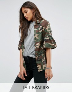 Куртка с камуфляжным принтом и расклешенными рукавами Noisy May Tall - Мульти