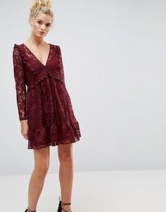 Кружевное свободное платье миди с оборками ASOS - Красный