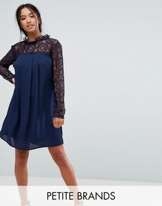 Свободное платье с высоким воротом и кружевной отделкой Elise Ryan Petite - Темно-синий