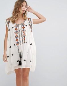 Платье с вышивкой Deby Debo Sally - Белый