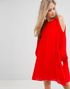 Плиссированное платье с открытыми плечами Vero Moda - Красный