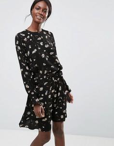 Платье мини с цветочным принтом Y.A.S - Черный
