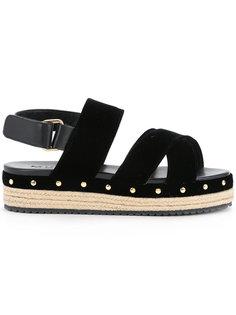 сандалии на флатформе Muveil