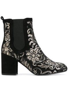 ботинки с цветочной вышивкой из пайеток Stuart Weitzman