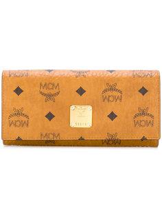 кошелек с откидным клапаном MCM
