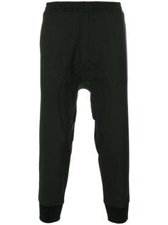 спортивные брюки с заниженной проймой Neil Barrett