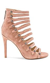 Туфли на каблуке giaa - KENDALL + KYLIE