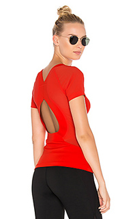 Тренировочная футболка - adidas by Stella McCartney
