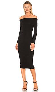 Платье с открытыми плечами - GETTINGBACKTOSQUAREONE