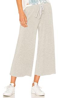 Спортивные брюки с широкими штанинами emella - Velvet by Graham & Spencer