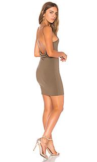 Мини платье с широким вырезом сзади hana - by the way.