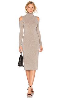 Облегающее платье с открытыми плечами - Autumn Cashmere