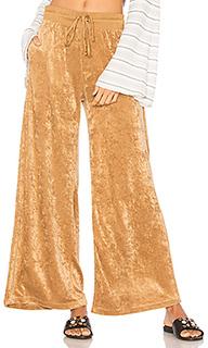 Велюровые брюки с широкими штанинами - Free People