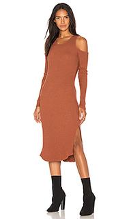 Облегающее платье с открытыми плечами - MONROW