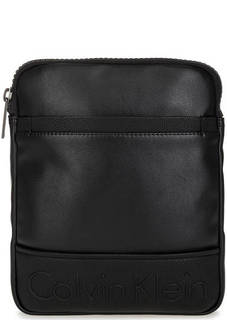 Черная сумка на молнии через плечо Calvin Klein Jeans
