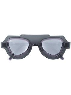 stylized sunglasses Kuboraum