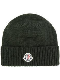 шапка с нашивкой логотипа Moncler