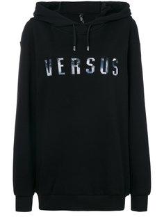 logo print hoodie Versus