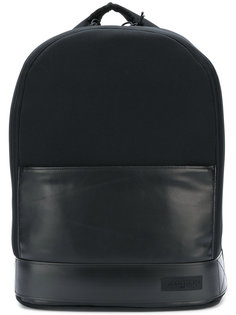 рюкзак с нашивками Eastpak