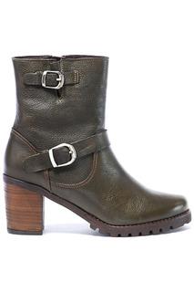 high boots UMA