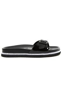 flip flops Mandel