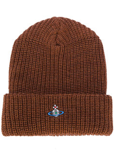 шапка в рубчик с логотипом Vivienne Westwood