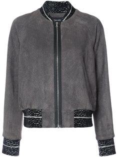 куртка-бомбер с эффектом змеиной кожи  Yigal Azrouel