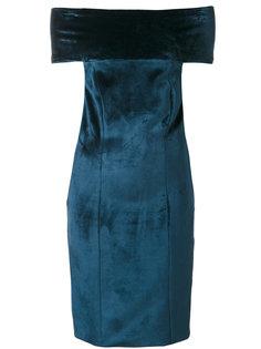 бархатное платье с открытыми плечами  Galvan