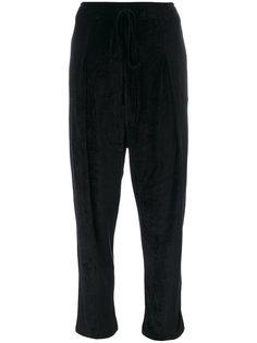 укороченные бархатные брюки  Andrea Yaaqov