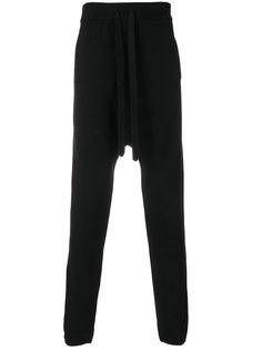 спортивные брюки с заниженной проймой Andrea Yaaqov