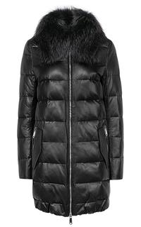 Зимняя куртка из натуральной кожи с мехом енота La Reine Blanche