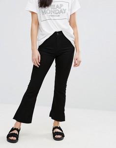 Укороченные джинсы клеш с напылением Cheap Monday - Черный