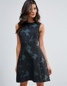 Короткое приталенное платье с принтом AX Paris - Мульти