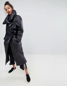 Длинное дутое пальто на завязках ASOS - Черный