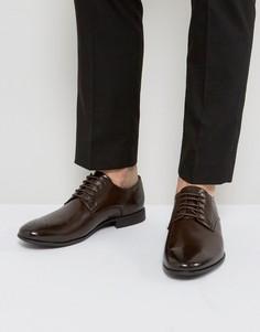 Коричневые броги из искусственной кожи и отделкой на носке ASOS - Коричневый