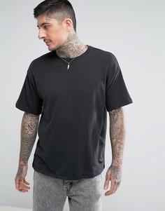 Свободная футболка Levis Line 8 - Черный