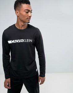 Лонгслив с круглым вырезом Calvin Klein - Черный
