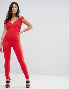 Красный комбинезон с открытыми плечами и запахом Missguided - Красный