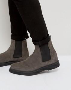 Серые замшевые ботинки челси на толстой подошве ASOS - Серый
